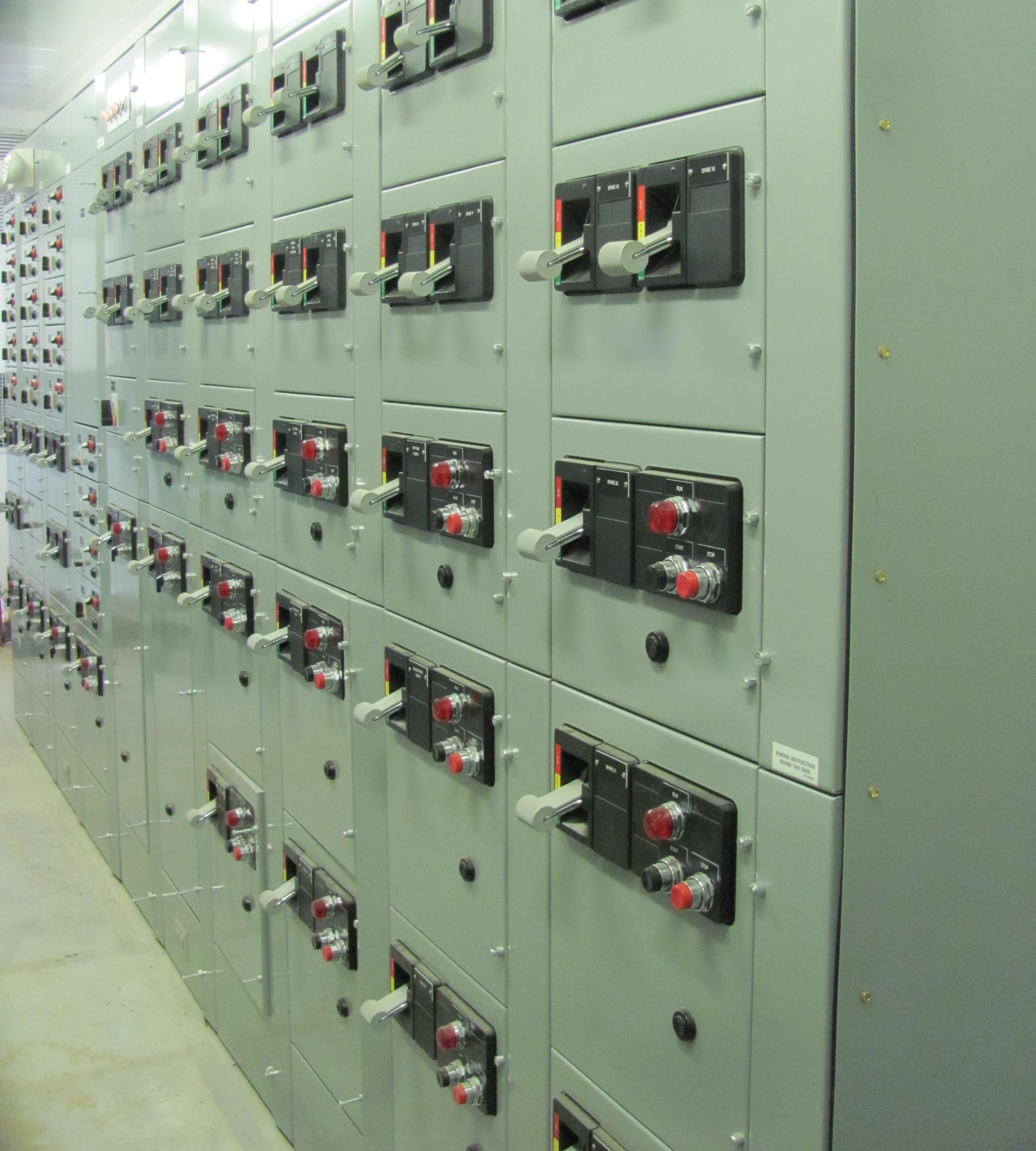 motor control cubicle On ge motor control center